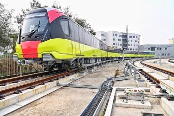 Tàu đường sắt Nhổn - ga Hà Nội chạy thử