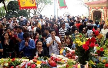 Nếu dịch COVID-19 bùng phát, Hà Nội có thể dừng lễ hội dịp Tết Nguyên đán