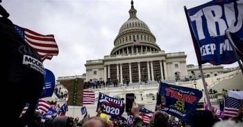 Hơn 30.000 cử tri Mỹ bất ngờ bỏ đảng Cộng hòa