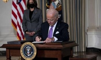 Nhà Trắng lý giải việc Biden ký sắc lệnh nhiều kỷ lục