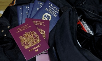 Anh bắt đầu cấp thị thực cho người Hong Kong