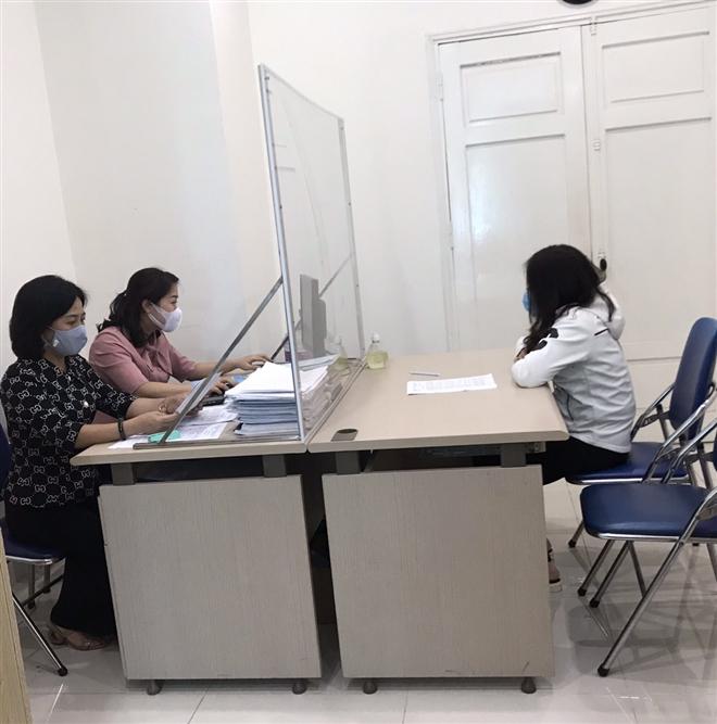 Tung tin giả dịch COVID-19, Hà Nội phạt 4 chủ tài khoản Facebook 30 triệu đồng - 1