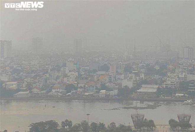 Sáng nay sương mù đặc quánh bao phủ TP.HCM - 2