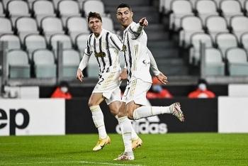 Ronaldo giúp Juventus hạ Roma