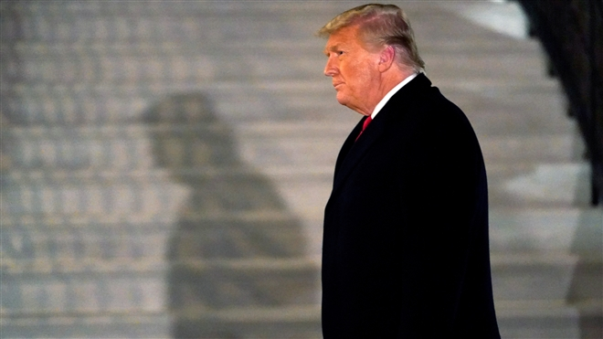 Các luật sư biện hộ cho cựu Tổng thống Trump trong phiên tòa luận tội là ai? - 1
