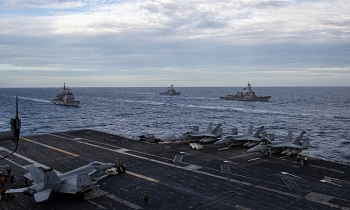 Hai nhóm tàu sân bay Mỹ diễn tập chung ở Biển Đông
