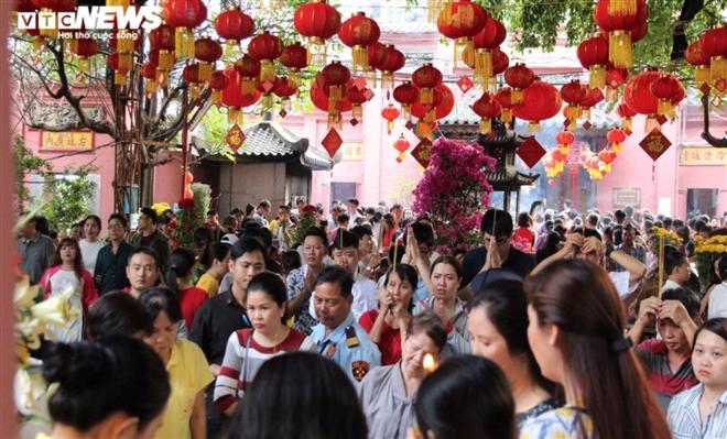 7 ngôi chùa linh thiêng thích hợp cầu an đầu năm tại TP.HCM - 4