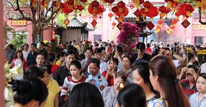 7 ngôi chùa linh thiêng thích hợp cầu an đầu năm tại TP.HCM
