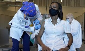 Hơn 108 triệu ca nCoV toàn cầu, Mỹ đặt mua thêm 200 triệu liều vaccine