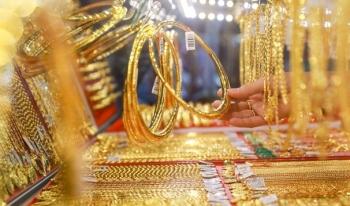 Giá vàng trong nước cao hơn thế giới gần 7 triệu đồng