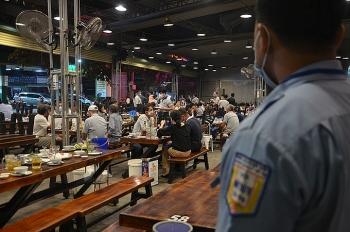 Quán nhậu Sài Gòn bị phạt vì đông khách