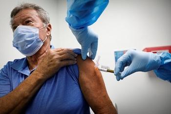 Hơn 111 triệu ca Covid-19, hơn 200 triệu mũi vaccine được tiêm toàn cầu