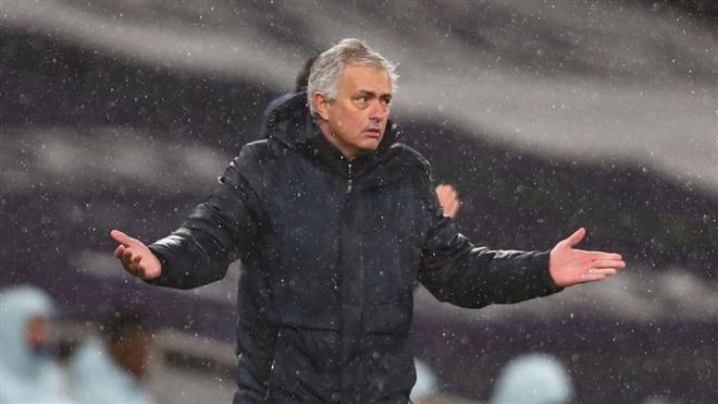 tottenham khung hoang jose mourinho den diem cuoi su nghiep