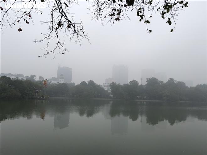 Thời tiết ngày 23/2: Miền Bắc sương mù vào sáng sớm, miền Nam đêm trời lạnh - 1
