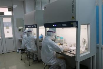 Vaccine COVID-19 sắp về Việt Nam, ai sẽ được tiêm đầu tiên?