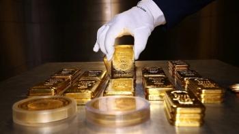 Rơi theo thế giới, giá vàng SJC bốc hơi 250.000 đồng/lượng