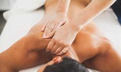 dot kich massage vua ve 13 trieu donglan 4 nu tiep vien phuc vu