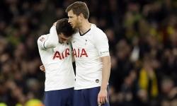 Tottenham văng khỏi Cup FA
