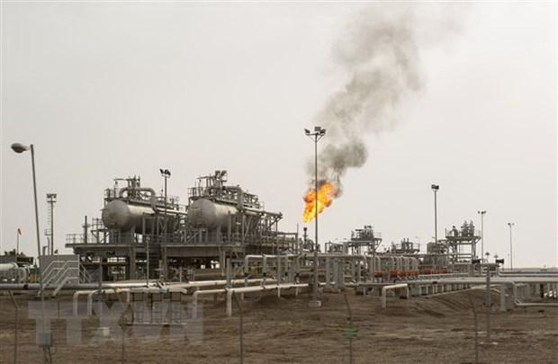 OPEC nhất trí cắt giảm sản lượng dầu mỏ sâu hơn trong quý 2