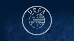 uefa hop khan euro 2020 co nguy co bi hoan mot nam vi covid 19