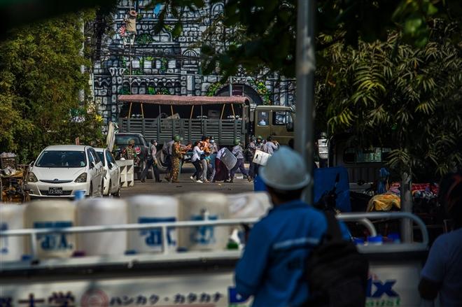 Bi kịch dân thường trong cuộc biểu tình Myanmar - 11