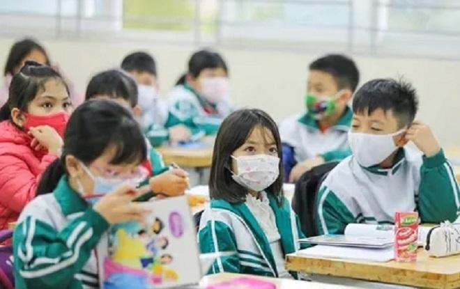Xúc cảm đặc biệt của học sinh trường Tiểu học Xuân Phương ngày trở lại trường - 3