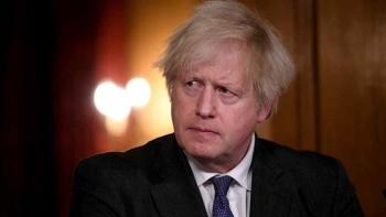 Vì sao Thủ tướng Anh im lặng sau cuộc phỏng vấn bom tấn của vợ chồng Harry?