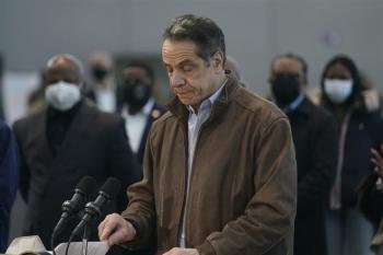 New York bắt đầu điều tra luận tội Thống đốc Cuomo vì bê bối quấy rối tình dục