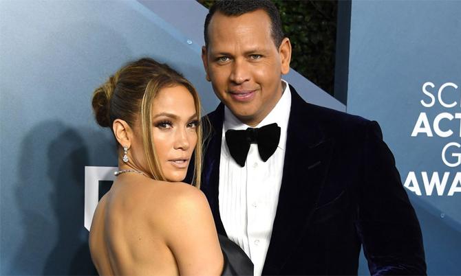 Jennifer Lopez chia tay vị hôn phu