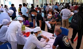 Campuchia cảnh báo lây nhiễm biến chủng nCoV