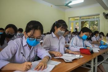 Học sinh 7 huyện ở Hải Dương đi học từ ngày 18/3