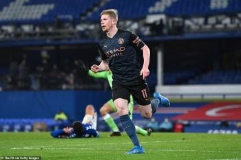 Vào bán kết FA Cup, Man City được khen hay nhất thế giới