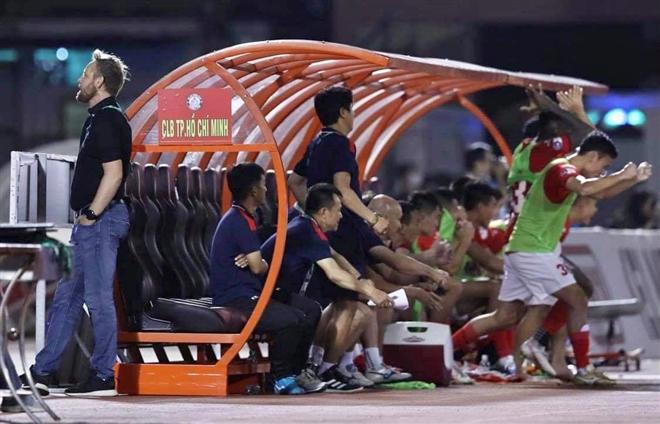 Lee Nguyễn ghi bàn phút 99: Derby TP.HCM lâu rồi mới kịch tính đến thế