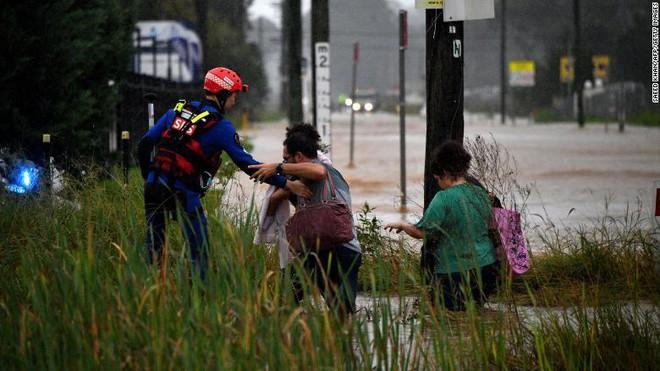 Australia đối mặt với đợt lũ lụt kinh hoàng nhất trong 60 năm ảnh 2