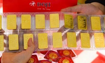 Giá vàng trong nước xuống dưới 55 triệu đồng