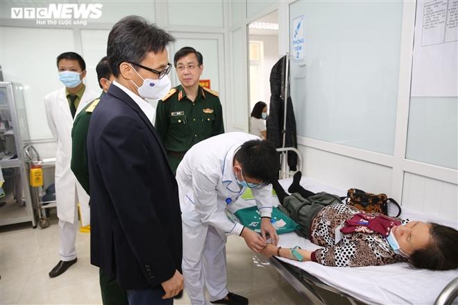 Phó Thủ tướng Vũ Đức Đam tiêm thử nghiệm vaccine COVID-19 Nanocovax - 2