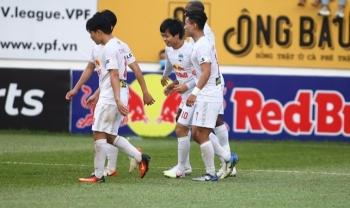 Đè bẹp CLB TP.HCM, HAGL củng cố ngôi đầu V-League