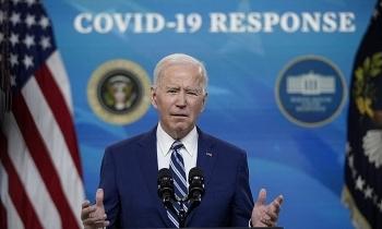 """Hơn 128 triệu ca Covid-19 toàn cầu, Biden nói """"chiến thắng còn xa"""""""