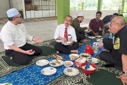 Thứ trưởng Y tế Malaysia bị phạt vì vi phạm lệnh kiểm soát di chuyển