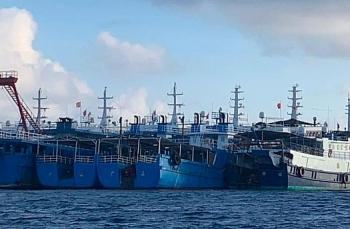 Quân đội Philippines tung video tố tàu Trung Quốc dàn hàng ở Biển Đông