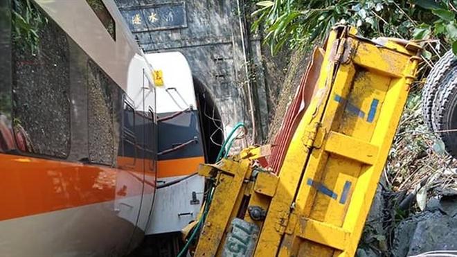 Tai nạn tàu hoả thảm khốc ở Đài Loan, ít nhất 36 người thiệt mạng - 1