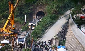 Đài Loan phát lệnh bắt nghi phạm khiến tàu trật bánh