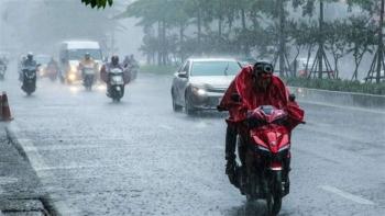 Bắc Bộ mưa to, nguy cơ mưa đá, lốc sét, sạt lở nhiều nơi