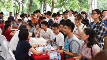 Vì sao nhiều trường đại học TP.HCM chưa công bố tuyển sinh dù quá hạn?