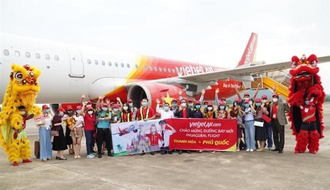 Bay từ Thanh Hoá, Nha Trang, Đà Lạt, Huế, Cần Thơ tới Phú Quốc đón hè sôi động