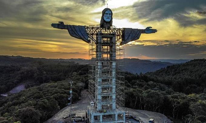 Brazil xây tượng Chúa Jesus khổng lồ