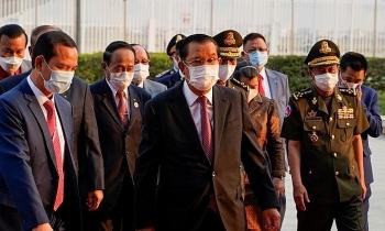 Campuchia chạy đua ngăn Covid-19 thành