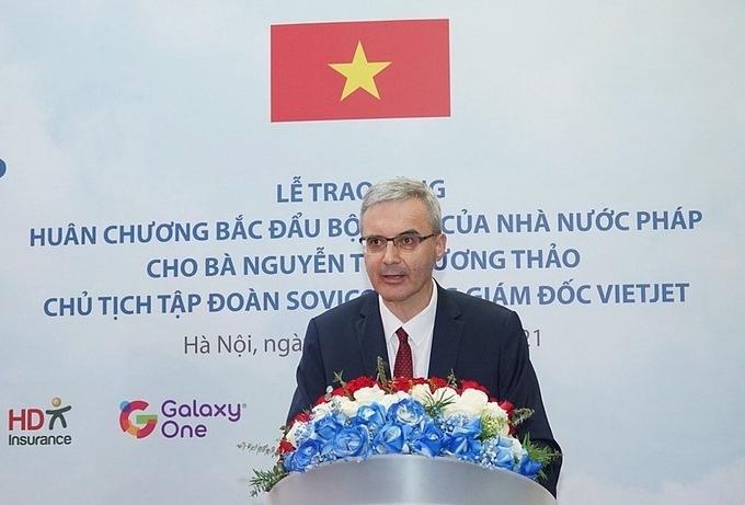 Bà Nguyễn Thị Phương Thảo nhận Huân chương Bắc đẩu bội tinh