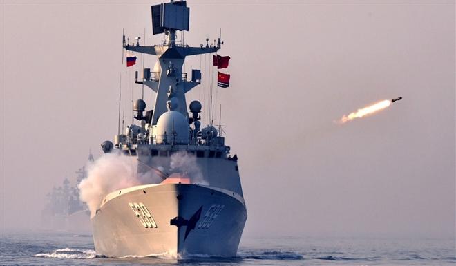 Phái đoàn Mỹ đến Đài Loan, Trung Quốc tuyên bố tập trận bắn đạn thật