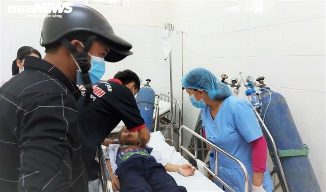 Chơi đồ chơi lạ, hơn 30 học sinh tiểu học Đà Nẵng nhập viện cấp cứu - 1